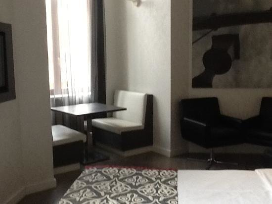 Hotel Palazzo Zichy:                   Jr. Suite
