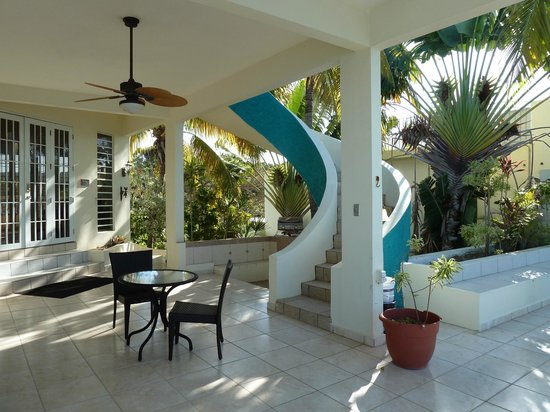 Sunset Paradise Villas:                   Terrace at entry
