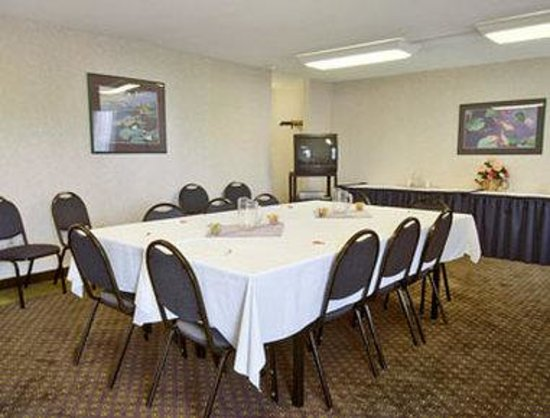 Days Inn Perryville: Meeting Room