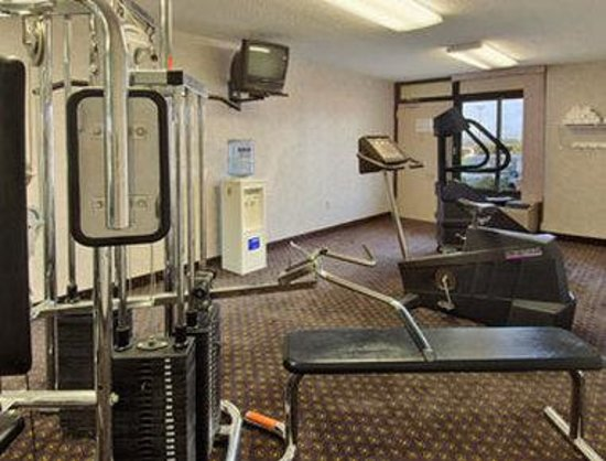Days Inn Perryville: Fitness Center