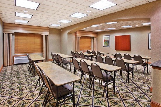 Holiday Inn Express Marietta-Atlanta Northwest: Our Lotus Meeting Room is the perfect size for you!