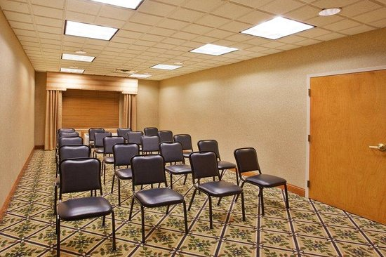 Holiday Inn Express Marietta-Atlanta Northwest: Our Jasmine Room is the perfect size for 15-25 people.