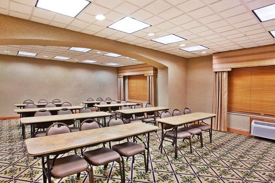Holiday Inn Express Marietta-Atlanta Northwest: We can help with classroom style or birthday parties!