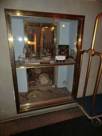 Victory Hotel:                                     Display case with more nautical antiques displayed in the ho