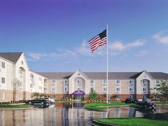 Candlewood Suites Chicago Waukegan: Exterior View