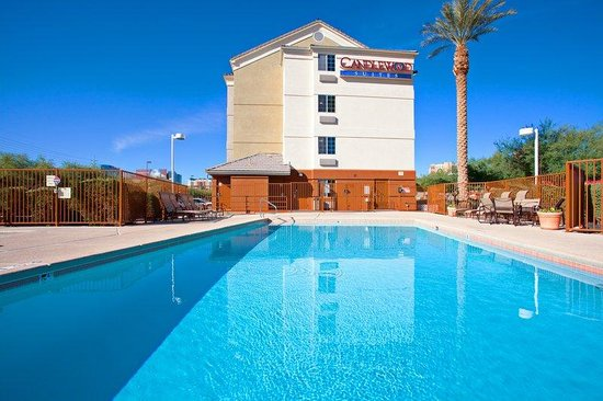 Candlewood Suites Las Vegas: Swimming Pool