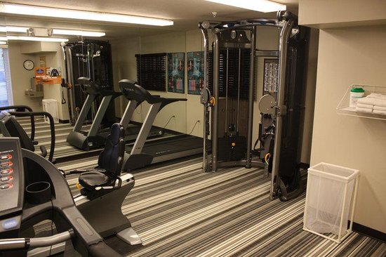 Candlewood Suites Phoenix: Fitness Center