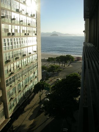 Rio Design Hotel:                   View from the room towards the beach of Copacabana