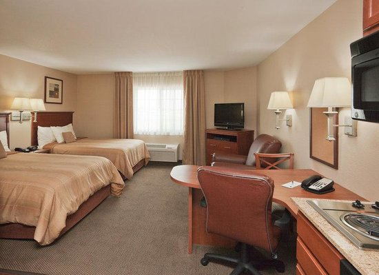 Candlewood Suites Lafayette River Ranch : Double Bed Guest Room