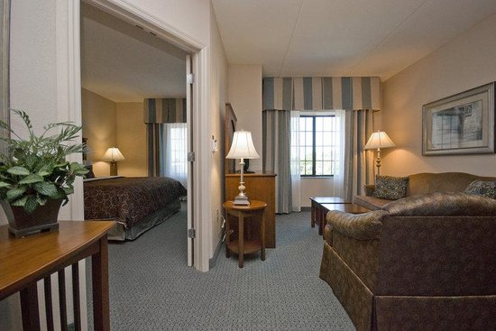 Staybridge Suites Wilmington - Brandywine Valley: One Bedroom Suite