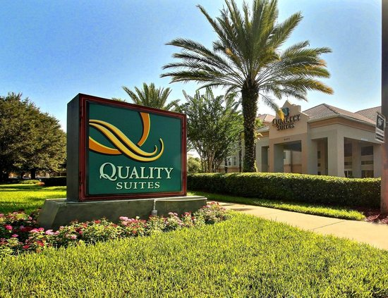 Quality Suites Lake Buena Vista: main Entrance