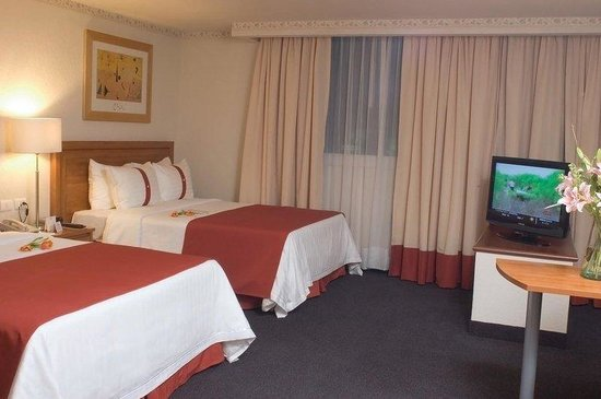 Holiday Inn Mexico City Tlalpan Churubusco: Guest Room