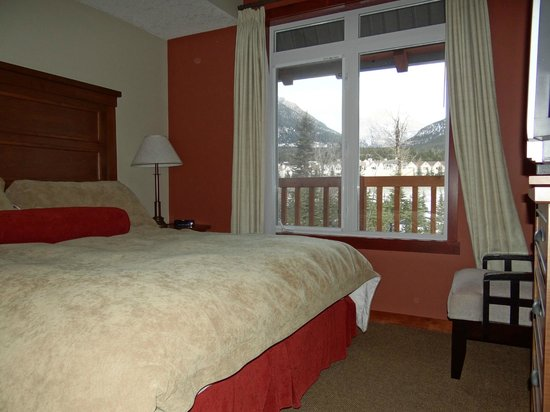 Blackstone Mountain Lodge: 1 of 2 bedrooms