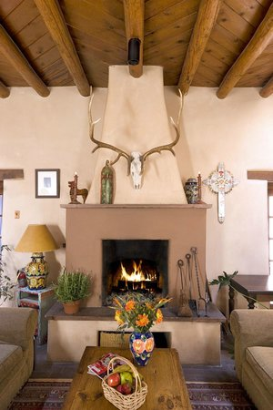 Hacienda Nicholas Bed & Breakfast Inn: Our Great Room's Oversized Fireplace