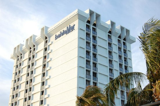 Bahia Mar Fort Lauderdale Beach - a Doubletree by Hilton Hotel: Hotel view from beach