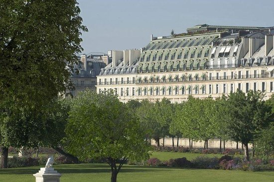 Le Meurice: Faade from the Tuileries Garden