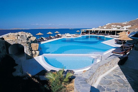 Mykonos Grand Hotel &amp; Resort: Pool Area