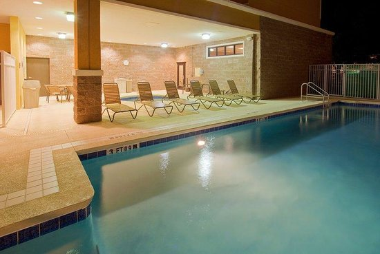 Holiday Inn Pensacola-North Davis Highway: Heated Swimming Pool