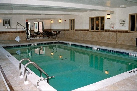 Holiday Inn Express Hotel &amp; Suites Exmore: Swim In Our Indoor Heated Pool ANYTIME of the Year!