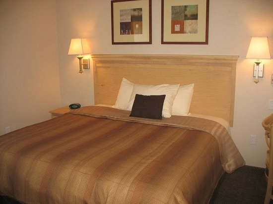 Candlewood Suites Paducah: 1-Bedroom Suite with a King Bed