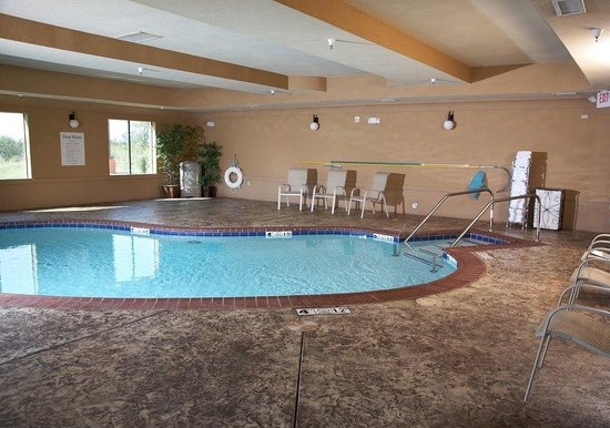 Holiday Inn Express Hotel & Suites Altus: Swimming Pool