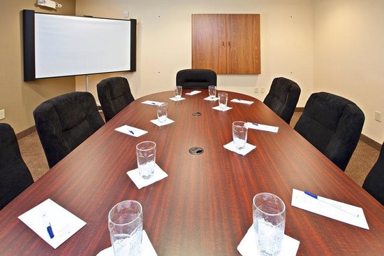 Candlewood Suites Louisville North: Boardroom