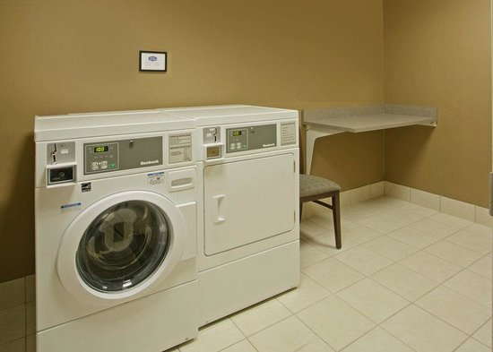 Grafton, WI: Guest Laundry