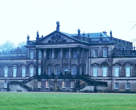 Ротерхэм, UK:                   Wentworth Woodhouse