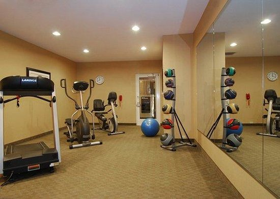 Comfort Suites Champaign Urbana: Exercise facilities