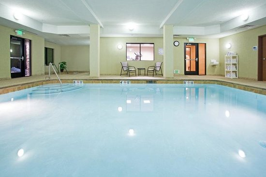 Holiday Inn Express Hotel & Suites Los Alamos Entrada Park: Los Alamos Heated indoor pool