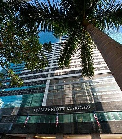 JW Marriott Marquis Miami: Exterior