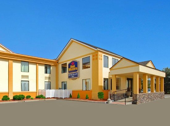 Photo of BEST WESTERN Dutch Valley Inn New Philadelphia
