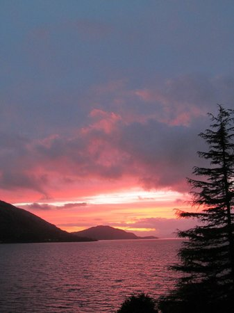 North Ballachulish, UK: Sunset from Highland View B&B