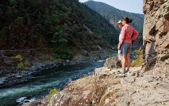 Grants Pass, OR: Hiking the Rogue River
