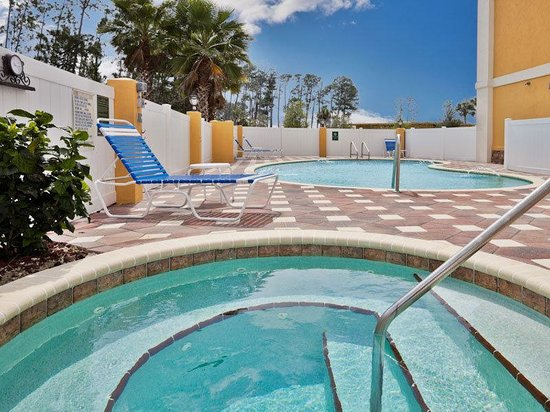 La Quinta Inn & Suites Ormond Beach/Daytona Beach: Pool