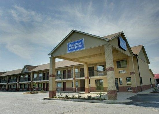 Photo of Rodeway Inn & Suites Richland