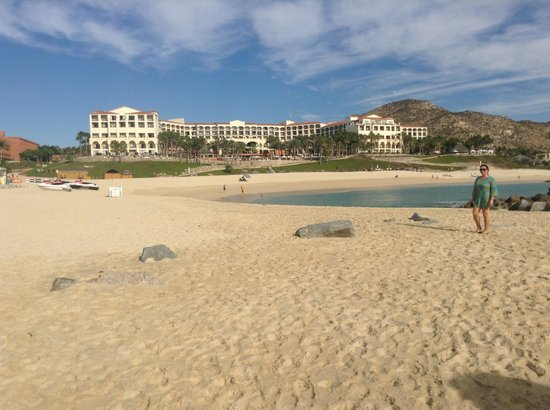 Hilton Los Cabos Beach & Golf Resort:                   View from the hotel beach