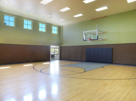 Indoor Basketball Court Picture Of Runaway Beach Club