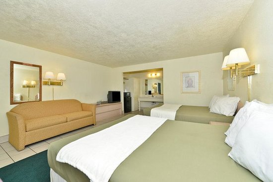 Americas Best Value Inn &amp; Suites: Guest Room