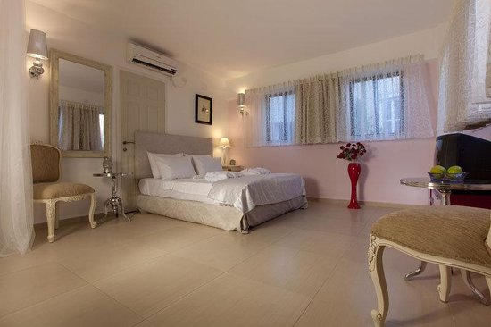 Eden House TLV: Family Superior Suite - 1 twin (single) bed or 2 d
