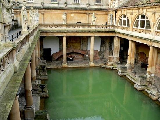 Bailbrook Lodge:                   So close to historic Roman Baths