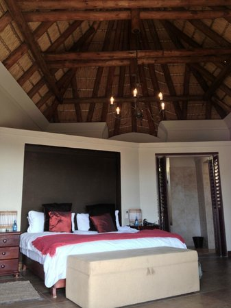 Bezweni Lodge: Zimmer