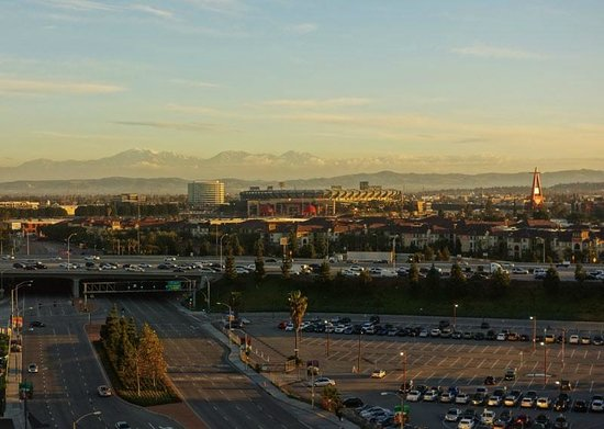 Doubletree by Hilton Anaheim - Orange County: The morning view from 1112