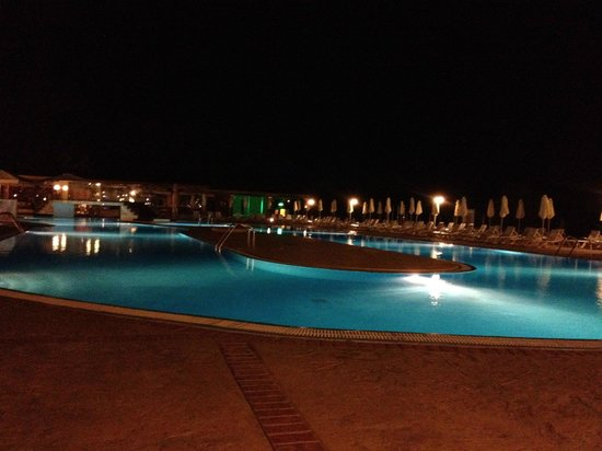 Aquis Capo Di Corfu: piscina