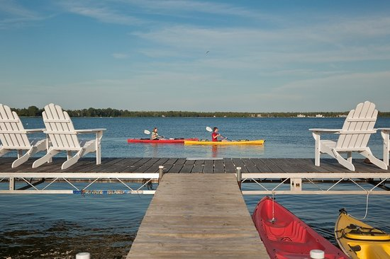 Blacksmith Inn On the Shore: Kayak the harbor