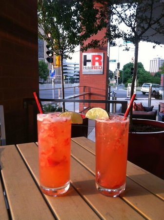 HotelRED:                   Drinks on the Patio
