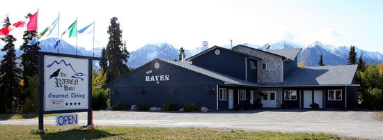 Raven Hotel