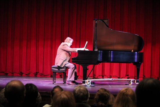 McLean, VA:                   John Eaton in concert at the Alden Theatre