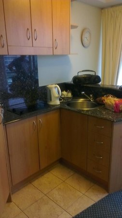 Landmark Resort:                   Kitchenette-quite small with no oven or dishwasher!
