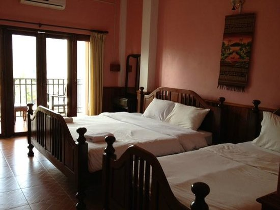 Domon Guesthouse: The room on third floor
